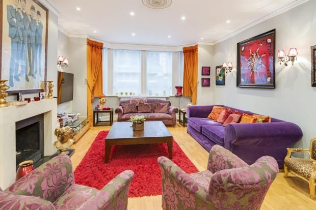 Thumbnail Flat for sale in Chesterford Gardens, Hampstead, London