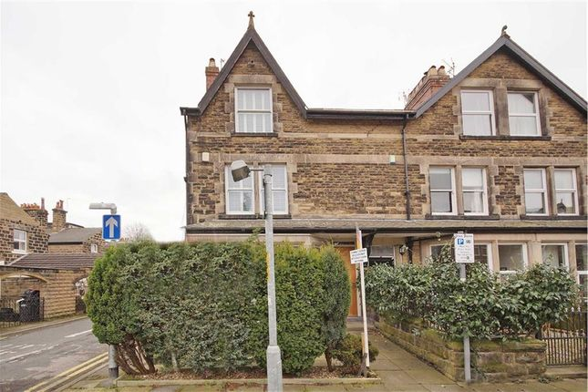 Thumbnail Flat to rent in Dragon Avenue, Harrogate, North Yorkshire