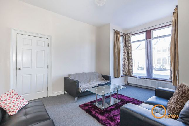 Thumbnail Terraced house to rent in Endsleigh Gardens, Ilford, Essex