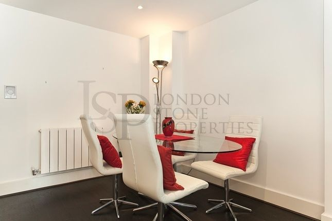 Dining Area of Building 10 West Carriage Hse, Royal Carriage Mews N, London SE18