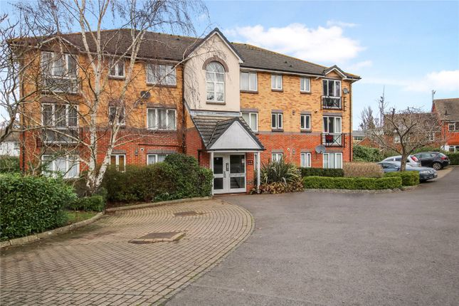 2 bed flat for sale in Parry Drive, Weybridge KT13