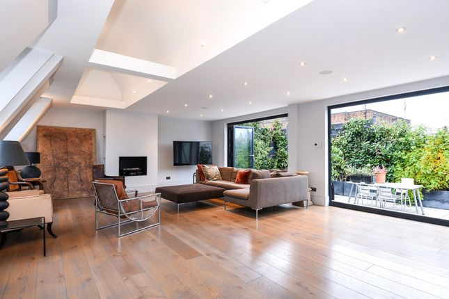 Thumbnail Penthouse for sale in Kensington High Street, London