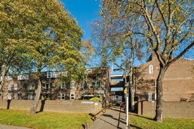 Thumbnail Flat for sale in Boscombe Gardens, Streatham, London