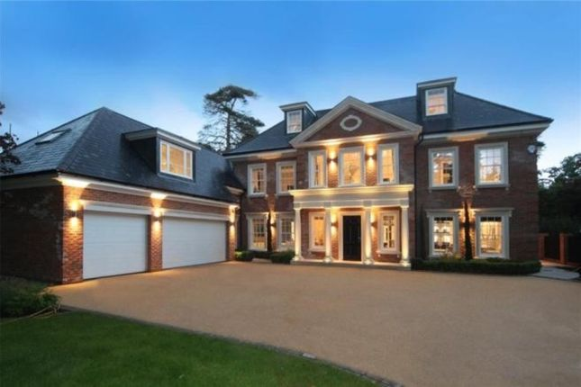 Thumbnail Detached house for sale in Bagshot Road, Ascot