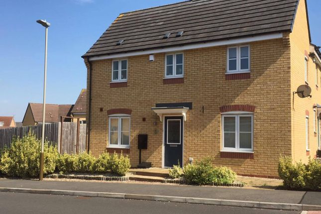Thumbnail Semi-detached house to rent in Sharow Road, Leicester