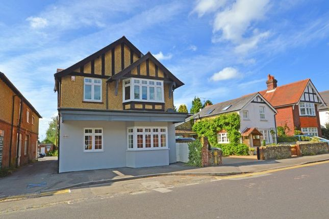Thumbnail Flat to rent in Beacon Hill Road, Hindhead