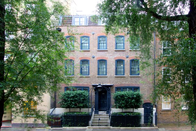 Thumbnail Town house for sale in Whites Row, London