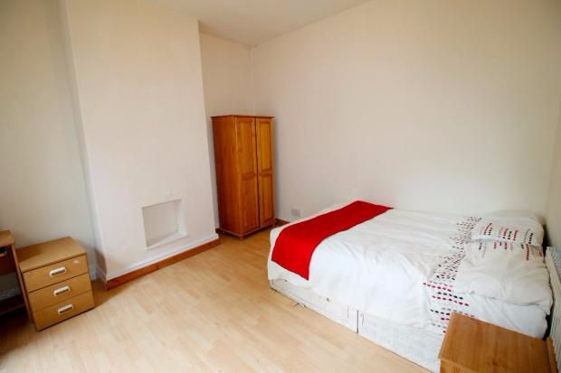 Thumbnail Flat to rent in Abbeydale Road, Sheffield, South Yorkshire