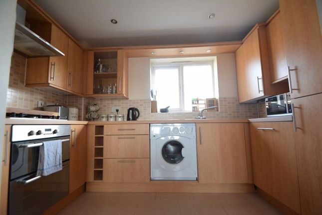 Thumbnail Flat to rent in Braymere Road, Hampton Vale, Peterborough