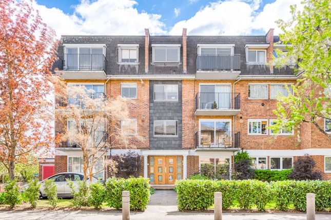2 bed flat for sale in Worple Road, Wimbledon SW19