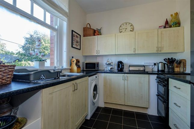 Kitchen of 3 Stoneleigh, Temple Street, Llandrindod Wells LD1