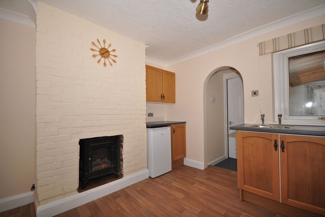 Thumbnail End terrace house to rent in Oxford Street, Snodland