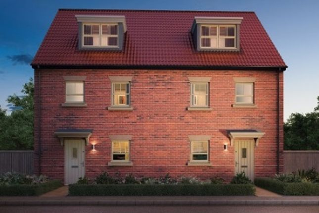 Thumbnail Semi-detached house for sale in Maybury Road, Hull