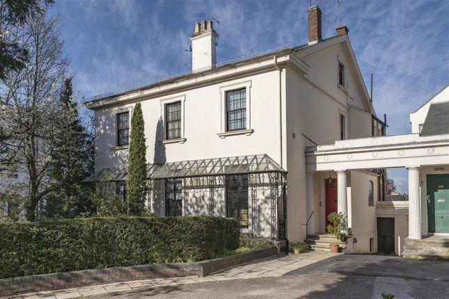 Thumbnail Semi-detached house for sale in Clarendon Square, Leamington Spa