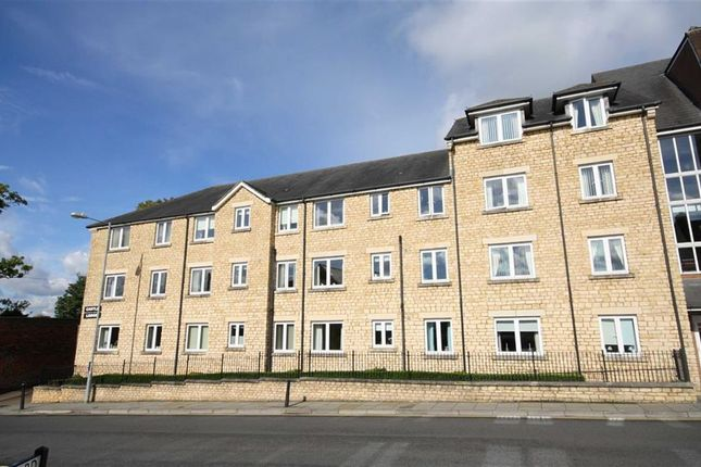 Thumbnail Flat for sale in Castle Lodge, Gladstone Road, Chippenham, Wiltshire