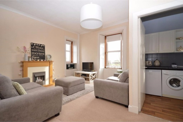 Thumbnail Flat to rent in The Loan, Loanhead, Midlothian, 9Ah