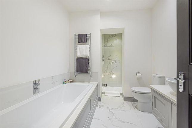 Bathroom of Walkergate, Beverley HU17