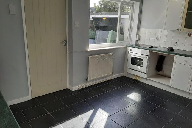 2 bed terraced house to rent in Union Buildings, Llanelli SA15