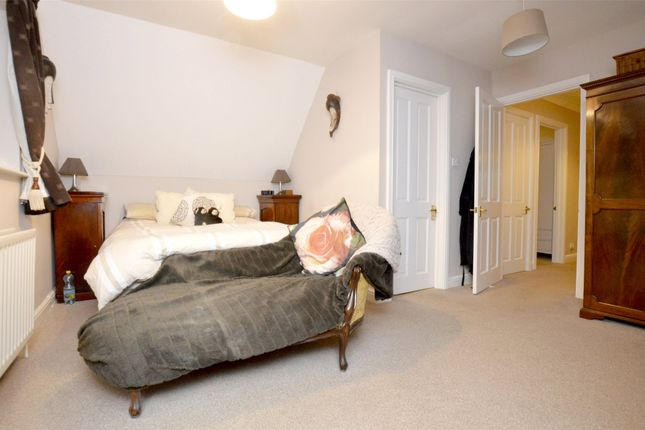 Picture No. 31 of September Cottage Selsley Road, North Woodchester, Stroud, Gloucestershire GL5