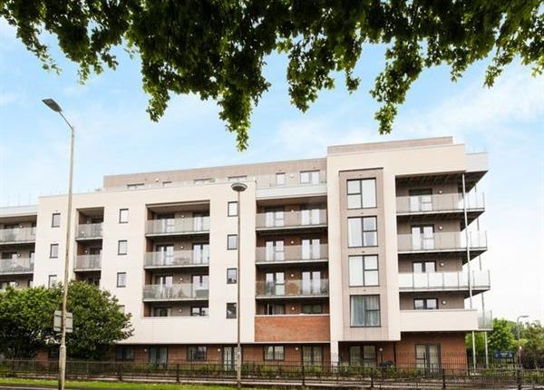 1 bed flat for sale in Manor Way, Borehamwood