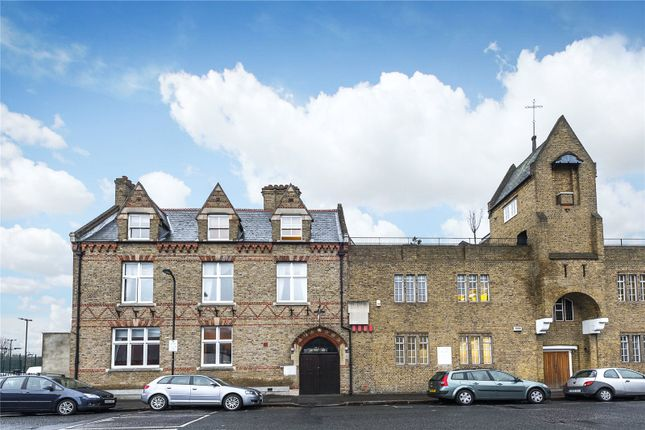 Thumbnail Property for sale in Yorkton Street, Hackney, London