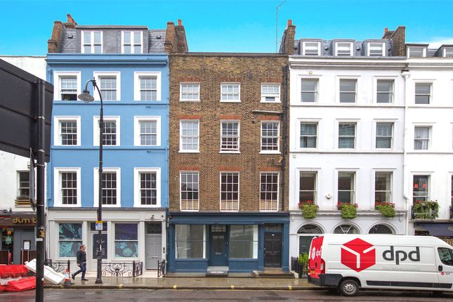 Thumbnail Flat to rent in Charlotte Street, London
