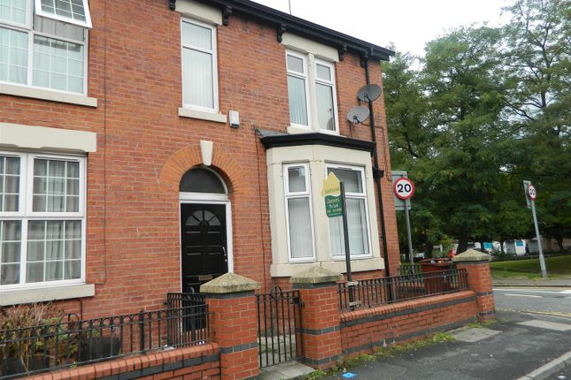 Thumbnail Flat to rent in Vine Street, Openshaw, Manchester