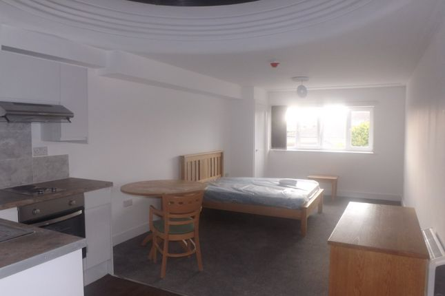 1 bed flat to rent in Lake Road, Portsmouth