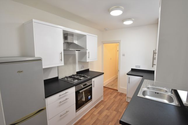 Thumbnail Flat to rent in Binsteed Road, Portsmouth