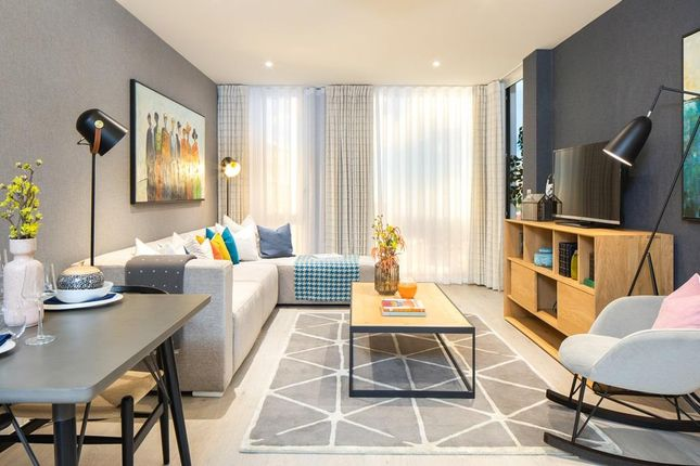 """Thumbnail Flat for sale in """"Soleil Apartments"""" at Western Avenue, Acton, London"""