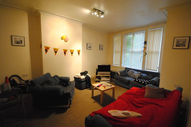 Thumbnail Terraced house to rent in 12 Lucas Place, Woodhouse