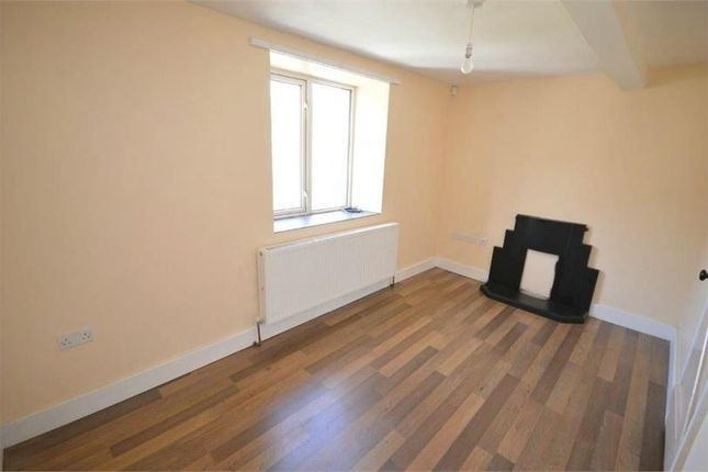 Thumbnail Property to rent in New Row, Holmfirth