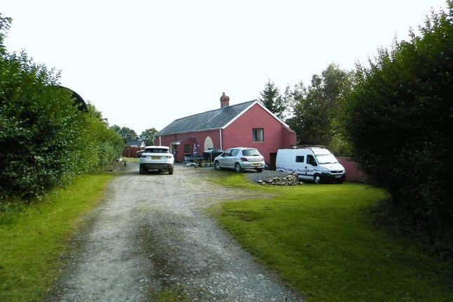 Thumbnail Barn conversion for sale in Henllan, Llandysul