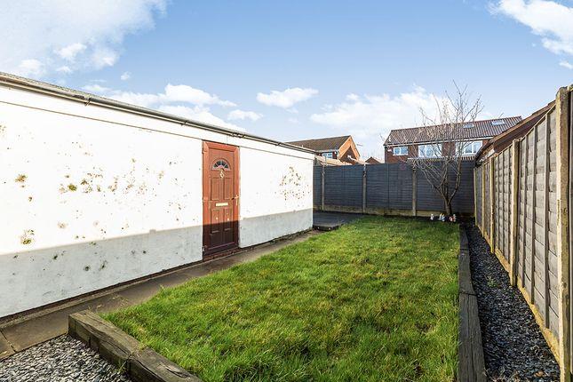 Photography of Doodstone Avenue, Lostock Hall, Preston, Lancashire PR5