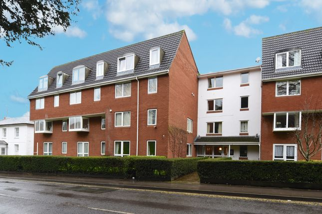 Thumbnail Flat to rent in Homeville House, Hendford, Yeovil