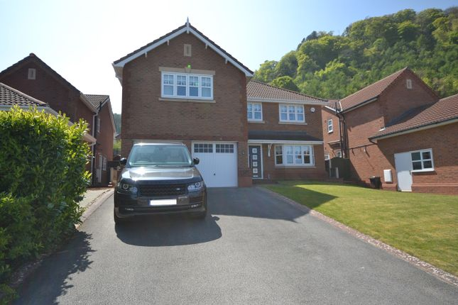 Thumbnail Detached house for sale in Lon Y Berllan, Abergele