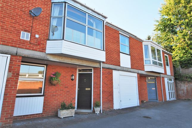 Thumbnail Mews house to rent in Paradise Mews, Paradise Road, Henley-On-Thames