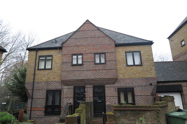 Thumbnail Mews house to rent in Mayflower Close, London