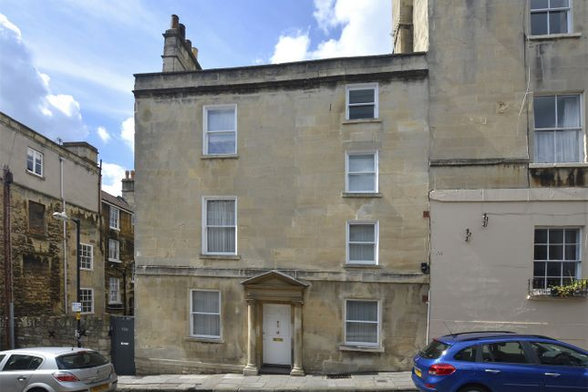 Thumbnail Town house for sale in Gloucester Street, Bath