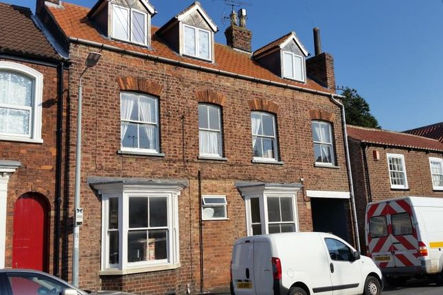 Thumbnail Studio to rent in St Johns Road, Driffield