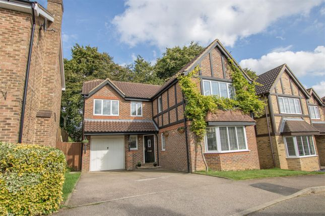 Thumbnail Detached house for sale in Beacon Close, Stone, Aylesbury