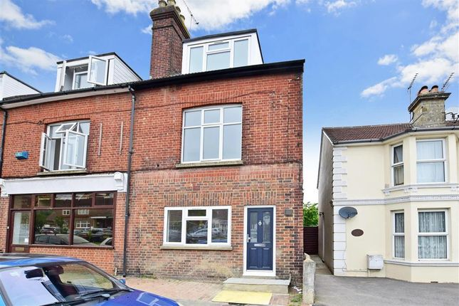 Thumbnail Flat for sale in Farningham Road, Crowborough, East Sussex