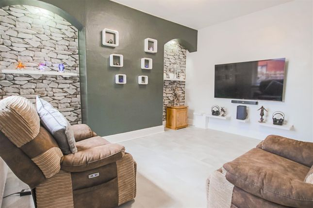 3 bed end terrace house for sale in Lower West Avenue, Barnoldswick BB18