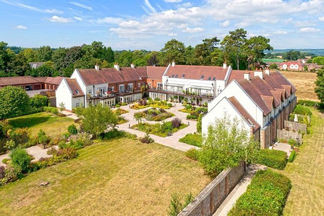 Thumbnail Terraced house to rent in St. Leonards Street, West Malling