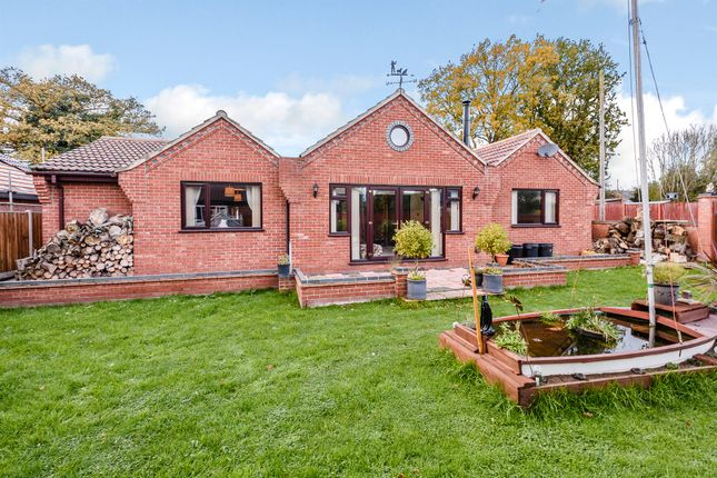 Thumbnail Detached bungalow for sale in Park Avenue, Barford, Norwich