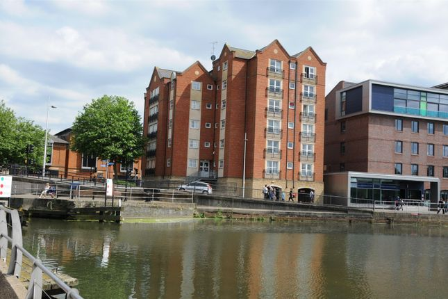Thumbnail Flat to rent in Brayford Wharf East, Lincoln, Lincoln