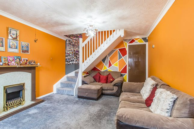 Thumbnail Terraced house for sale in Dunlin Court, Leeds