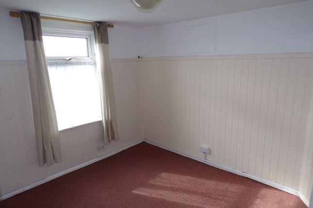 Bedroom of Overcliffe, Northfleet, Gravesend DA11
