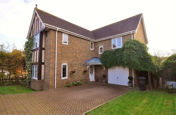 Thumbnail Detached house for sale in Haywain Close, Kingsnorth, Ashford