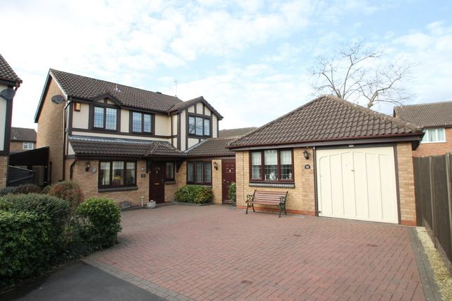 Thumbnail Detached house for sale in Simmonds Way, Atherstone